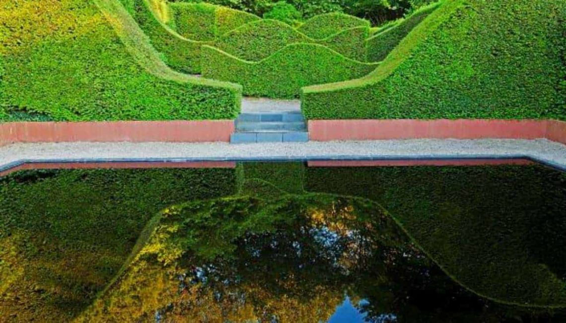 Veddw-Reflecting-PoolMin-min