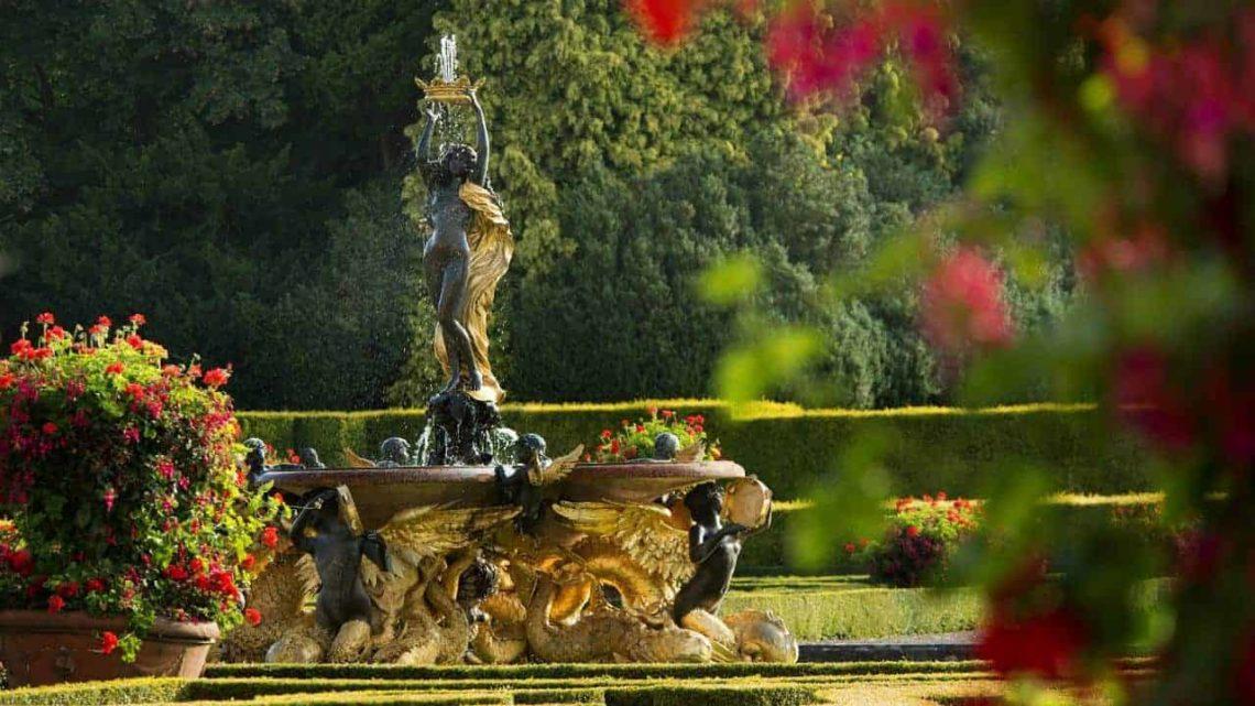 Blenheim Palace Italian Garden-min